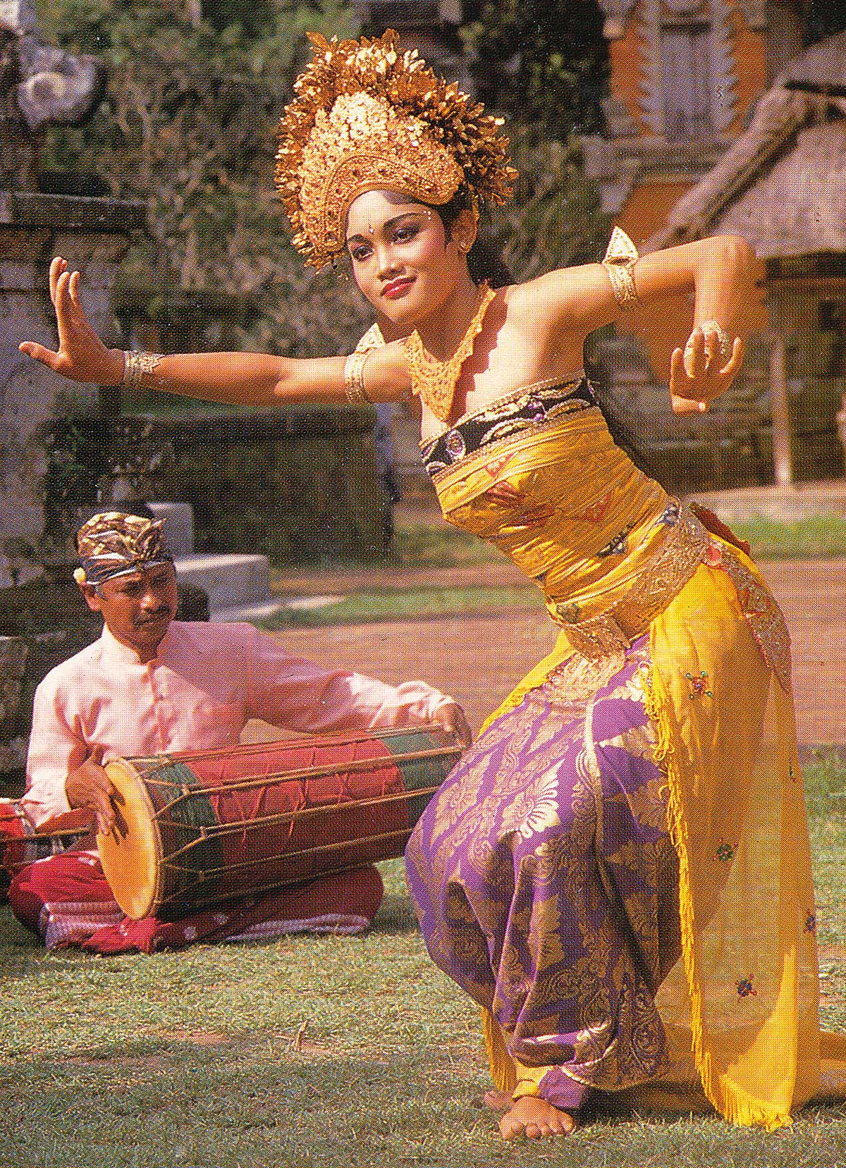 The Beauty Of Classical Balinese Dance